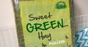 Nature's Own Sweet Green Hay Review
