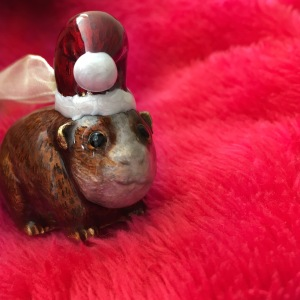 A very festive piggy.
